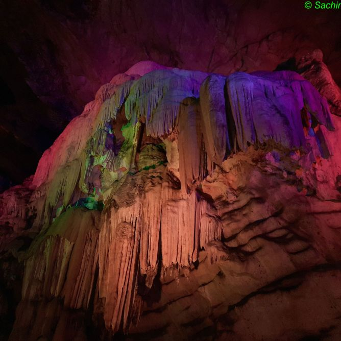 Borra Caves_Stalactites
